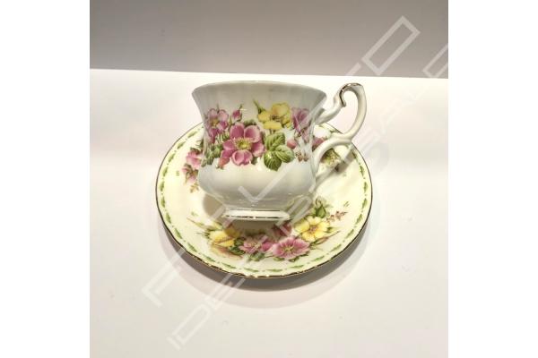 "Tazza caffè ""Happy Anniversary"" Royal Albert"