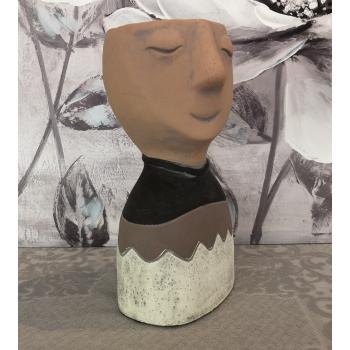 """Vaso in cemento """"Dreaming"""" testa di donna sognatrice Montemaggi"""